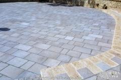 pavimentazione-per-esterni-in-pietra-naturale-aia